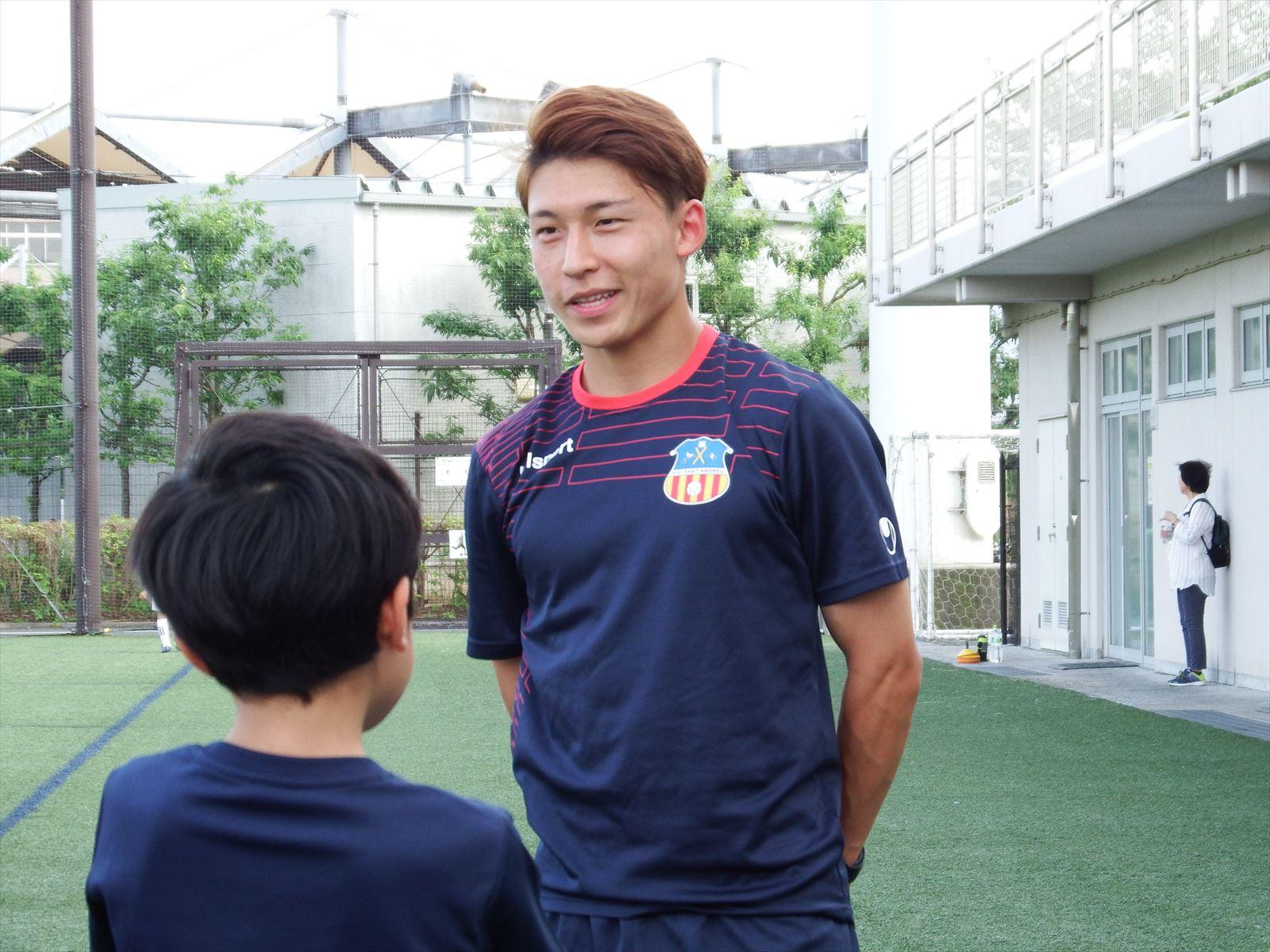 スペインリーグ所属の甲田選手が練習に参加してくれました。